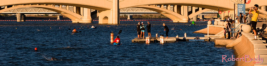 /images/500/2008-11-15-tempe-splash-47545sp.jpg - #06080: 21 minutes into the race - Splash and Dash Fall #6, November 15 2008 at Tempe Town Lake … November 2008 -- Tempe Town Lake, Tempe, Arizona