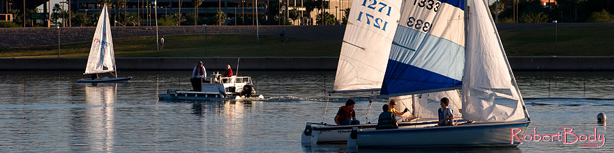 /images/500/2008-11-18-tempe-sailboats-49009sp.jpg - #06117: Sailboats at Tempe Town Lake … November 2008 -- Tempe Town Lake, Tempe, Arizona