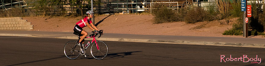 /images/500/2008-11-20-tempe-cycling-50391sp.jpg - #06119: Cyclist at Tempe Town Lake … November 2008 -- Tempe Town Lake, Tempe, Arizona