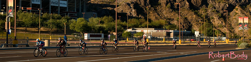 /images/500/2008-11-23-ironman-bike-53058sp.jpg - #06179: 01:24:54 - Bike at Arizona Ironman 2008 … November 2008 -- Rio Salado Parkway, Tempe, Arizona