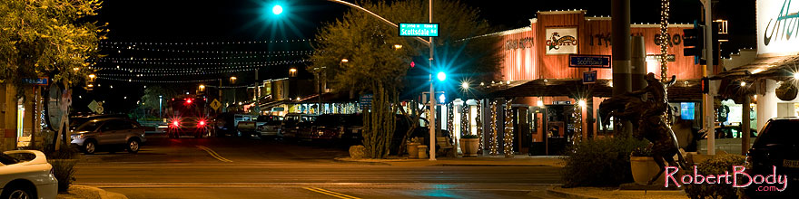 /images/500/2008-12-01-scotts-night-58716sp.jpg - #06303: Night at Scottsdale Road and Main St … December 2008 -- Scottsdale, Arizona