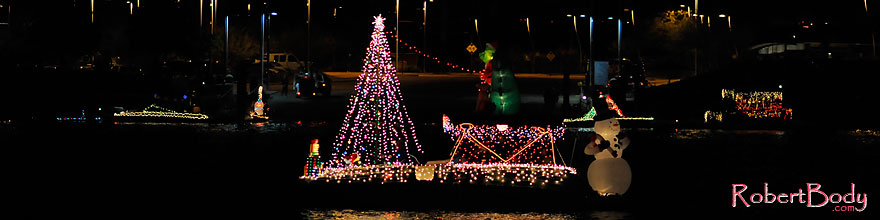 /images/500/2008-12-13-tempe-lights-boats-62645sp.jpg - #06466: APS Fantasy of Lights Boat Parade … December 2008 -- Tempe Town Lake, Tempe, Arizona