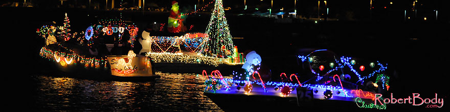 /images/500/2008-12-13-tempe-lights-boats-62923sp.jpg - #06485: Boat #25 - APS Fantasy of Lights Boat Parade … December 2008 -- Tempe Town Lake, Tempe, Arizona