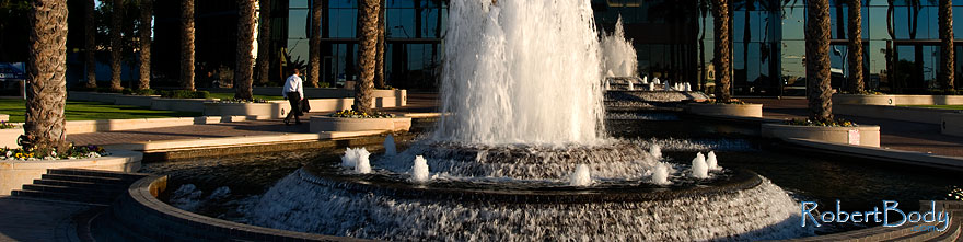 /images/500/2009-01-06-mesa-fountains-72717sp.jpg - #06860: Fountains by Bank of America … January 2009 -- Southern Ave (Mesa), Mesa, Arizona