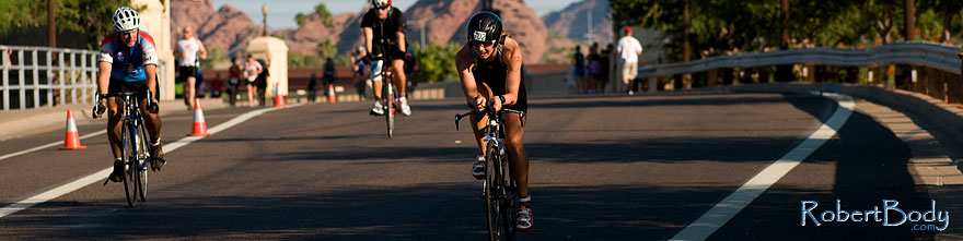 /images/500/2009-09-27-nathan-tri-cycle-114236sp.jpg - #07479: 01:46:23 - #702 cycling at Nathan Triathlon … September 2009 -- Tempe Town Lake, Tempe, Arizona