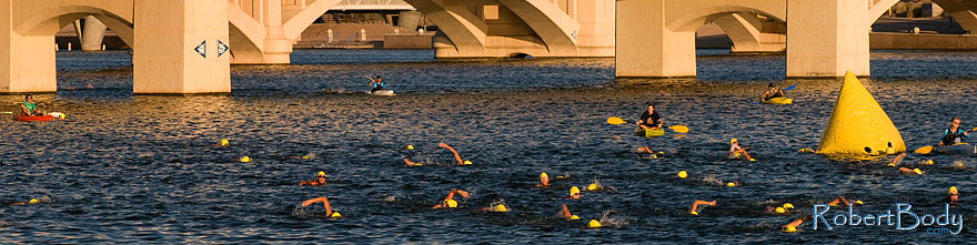 /images/500/2009-09-27-nathan-tri-swim-113894sp.jpg - #07492: 00:40:59 - Swimmers at Nathan Triathlon … September 2009 -- Tempe Town Lake, Tempe, Arizona
