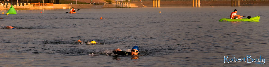 /images/500/2009-10-30-tempe-splash-swim-120368sp.jpg - #07817: 00:15:37 into the race - Splash and Dash Fall #4, October 30, 2009 at Tempe Town Lake … October 2009 -- Tempe Town Lake, Tempe, Arizona