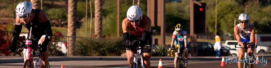 /images/500/2009-11-22-ironman-bike-pro-124210sp.jpg - #07953: 02:23:15 #14 and others cycling - Ironman Arizona 2009 … November 2009 -- Rio Salado Parkway, Tempe, Arizona