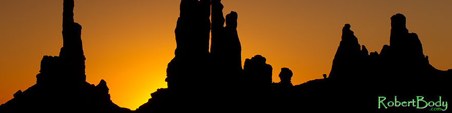 /images/500/2010-09-04-monvalley-totem-30244sp.jpg - #08581: Totem Pole in Monument Valley … September 2010 -- Monument Valley, Utah