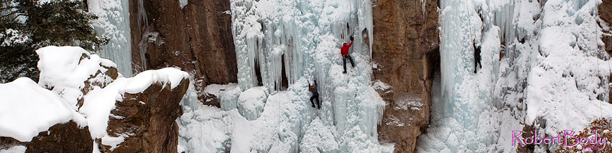 /images/500/2011-01-09-ouray-climbers-48429sp.jpg - #09039: Ice climbing by Ouray … January 2011 -- Ouray, Colorado